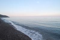 Берег моря в Канаке вечером